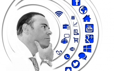 Tại sao nên sử dụng nền tảng IoT của bên thứ ba